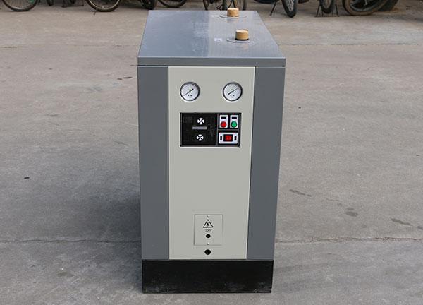 凌宇案例-标配型冷干机
